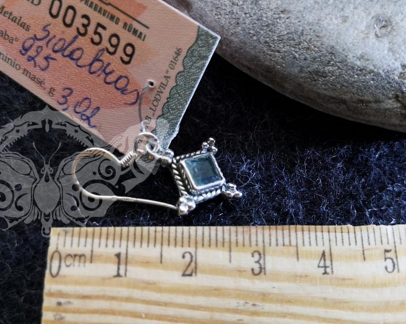 925 sidabro auskarai su APATITU #407