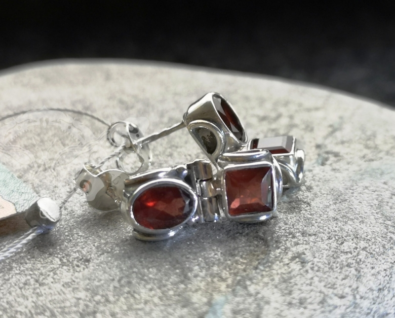 925 Sterling Silver GARNET Earrings #1237