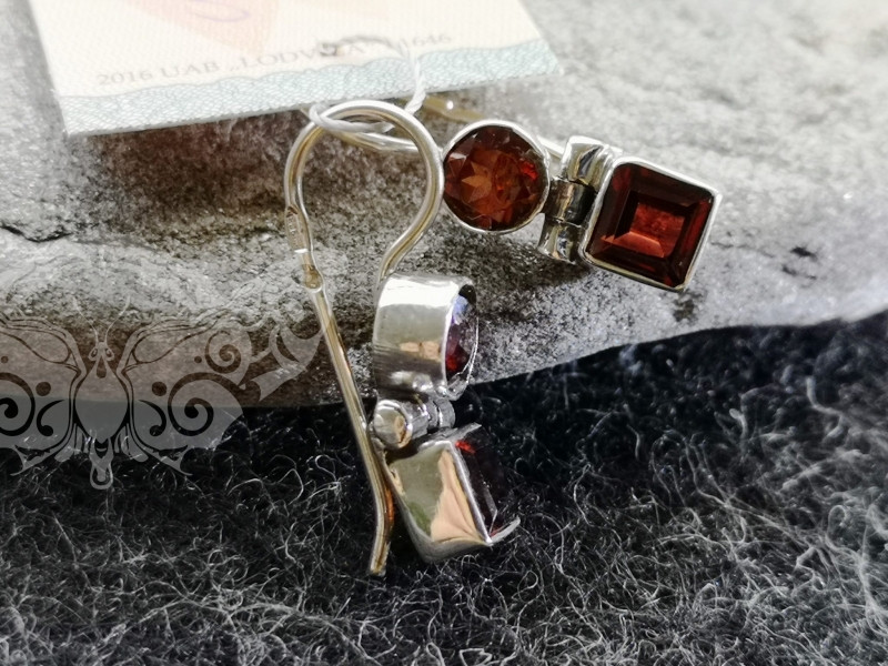 925 Sterling Silver GARNET Earrings #2508