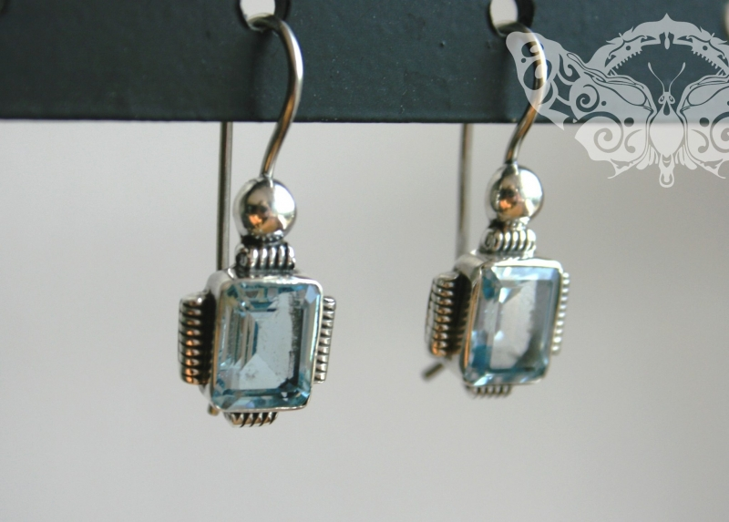 925 Sterling Silver BLUE TOPAZ Earrings #926