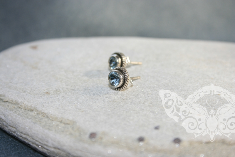 925 Sterling Silver BLUE TOPAZ Earrings #2412