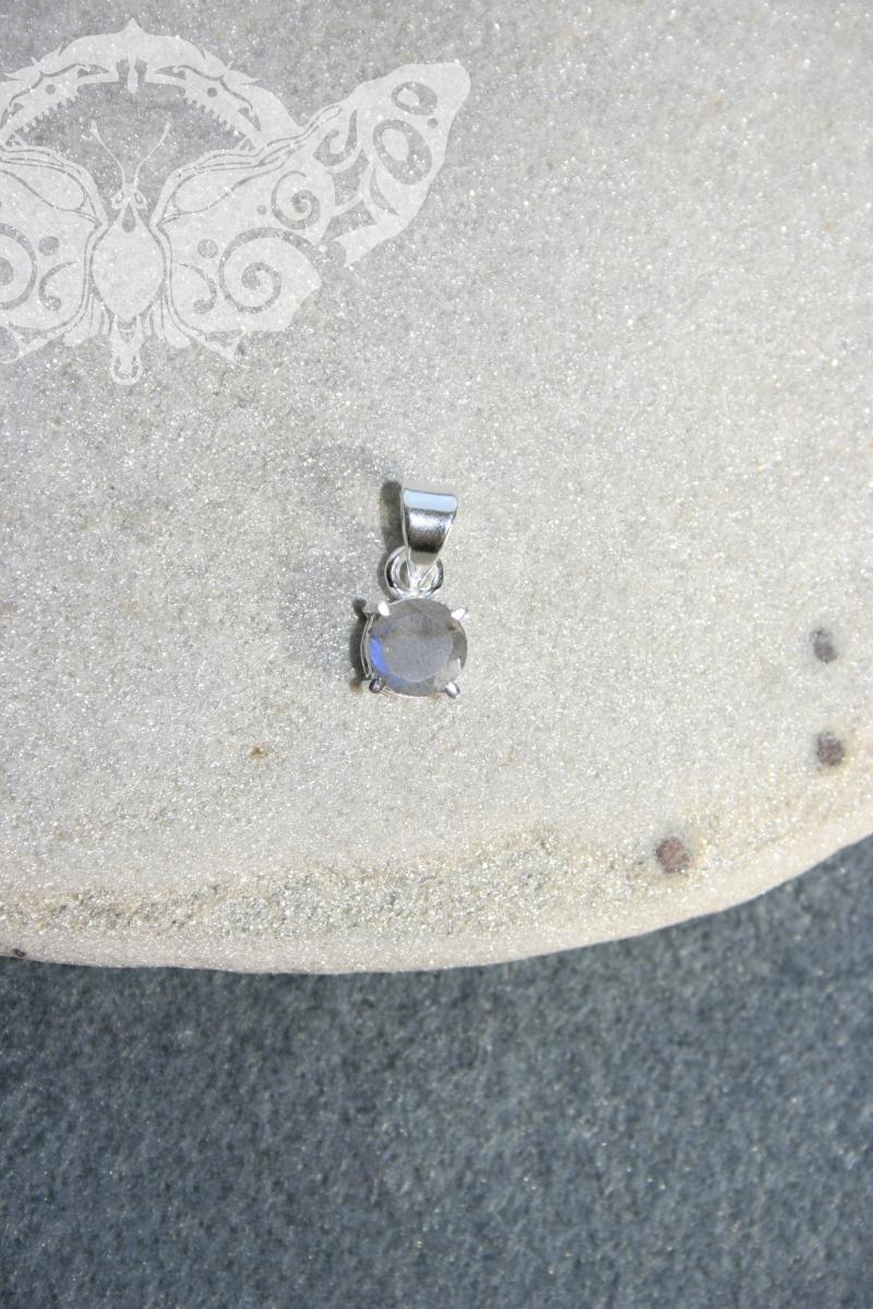 925 Sterling Silver LABRADORITE Pendant #3756