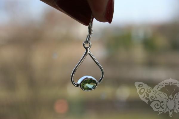 925 Sterling Silver PERIDOT Earrings #4026